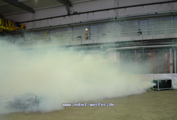 http://nebel-werfer.de/bilder/cache/vs_04__Feuerwehruebung%20Bergkamen_03400-jpg.jpg