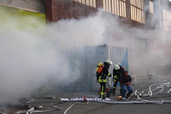 http://nebel-werfer.de/bilder/cache/vs_04__Feuerwehruebung%20Bergkamen_07400-jpg.jpg